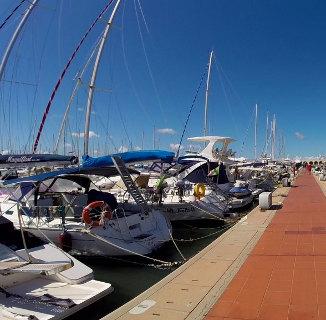 Porto turistico riva di traiano sito ufficiale del ptrt - Riva barche sito ufficiale ...